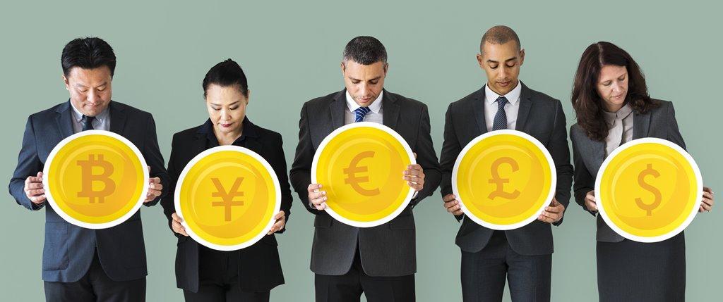 Les banques devront intégrer les cryptomonnaies au risque de disparaître
